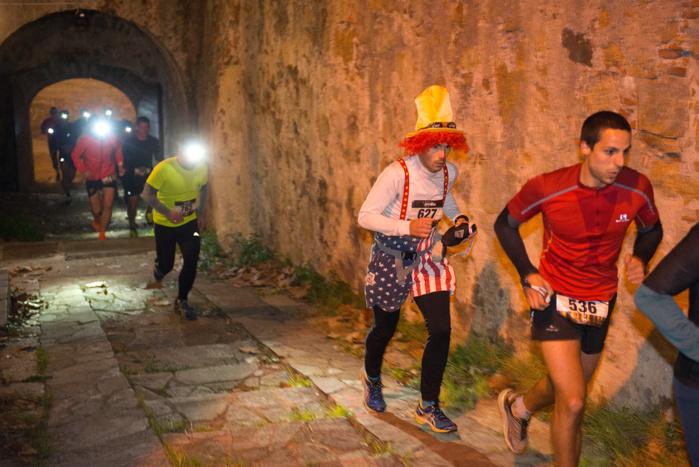 City Trail impérial et inédit, où les coureurs ont pu traverser la citadelle (photos Ville d'Ajaccio).
