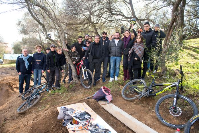Réunion ce lundi 26 février avec les adeptes du BMX et la délégation municipale (photos Ville d'Ajaccio).