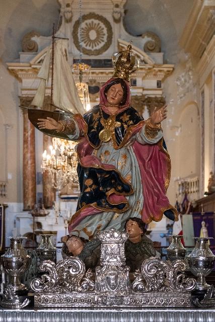 Cérémonies et processions de la Madunnuccia