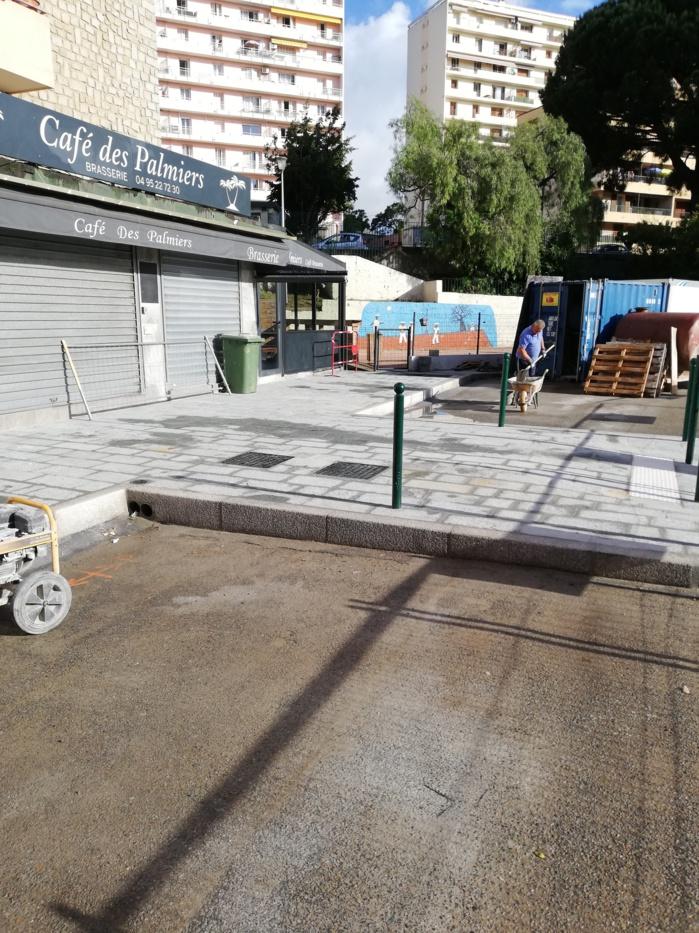 Travaux d'aménagement des trottoirs avenue Maréchal Moncey.