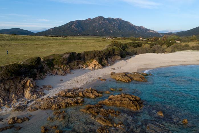 Plage de Sevani en plein coeur du site Natura 2000.