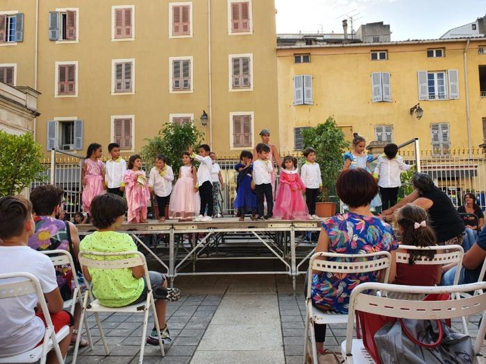 A vita di Napuliò (Filmera di u spittaculu)