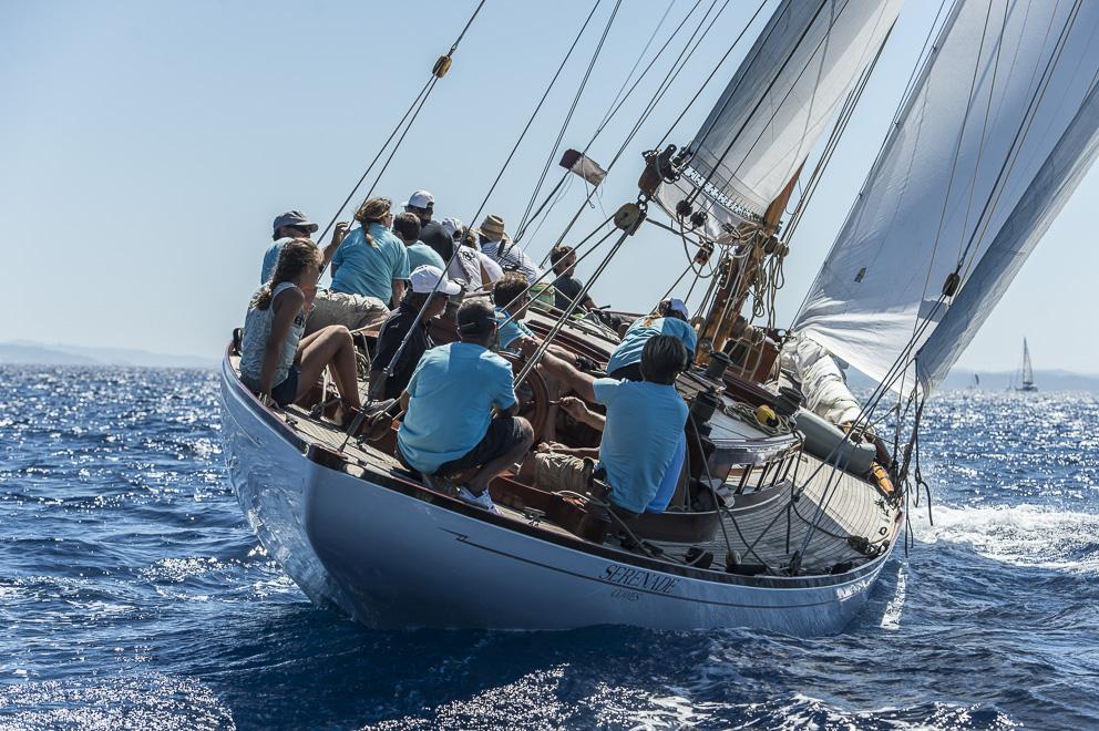 Le Serenade et son équipage (photo Philippe Pierangeli).
