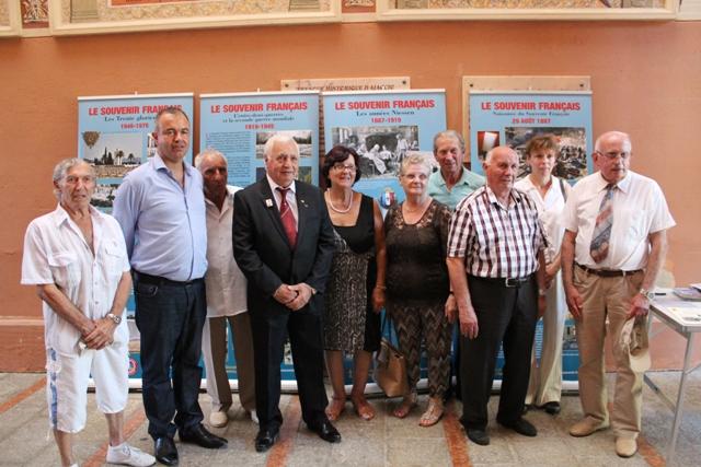 Le Comité Ajaccien du Souvenir Français aux côtés du conseiller municipal Christian Bacci lors de l'inauguration de l'exposition du 23 août 2016