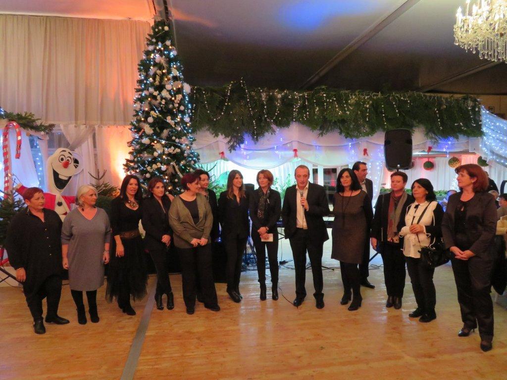 Le dîner dansant de Noël