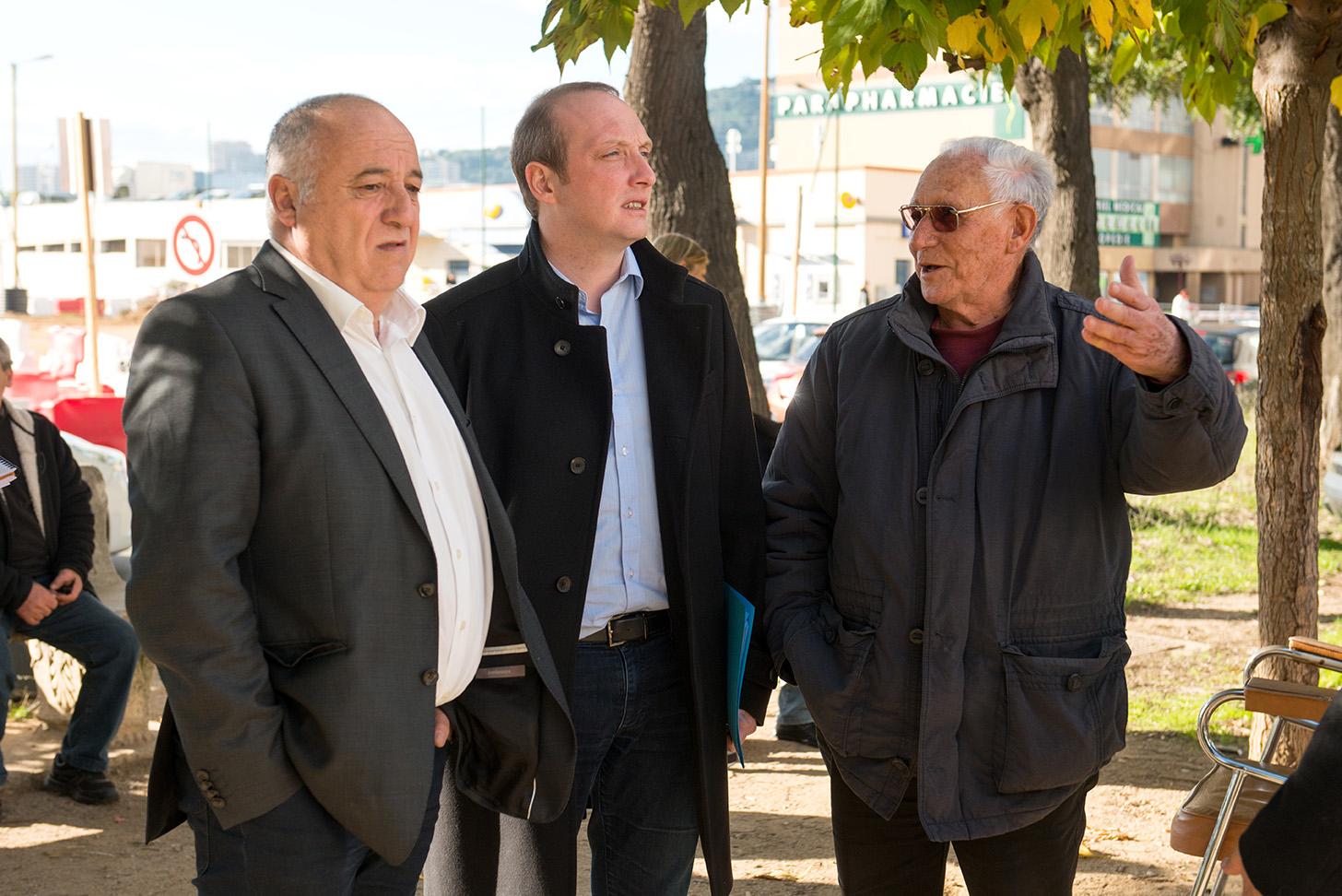 Les résidents ont pu exprimer leur ressenti lors de cette visite (photo Ville d'Ajaccio).
