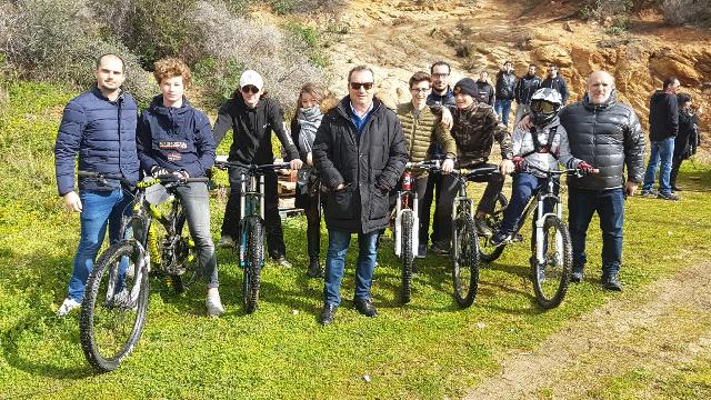 Prochainement un terrain de vélo-cross sur le stade de l'EREA
