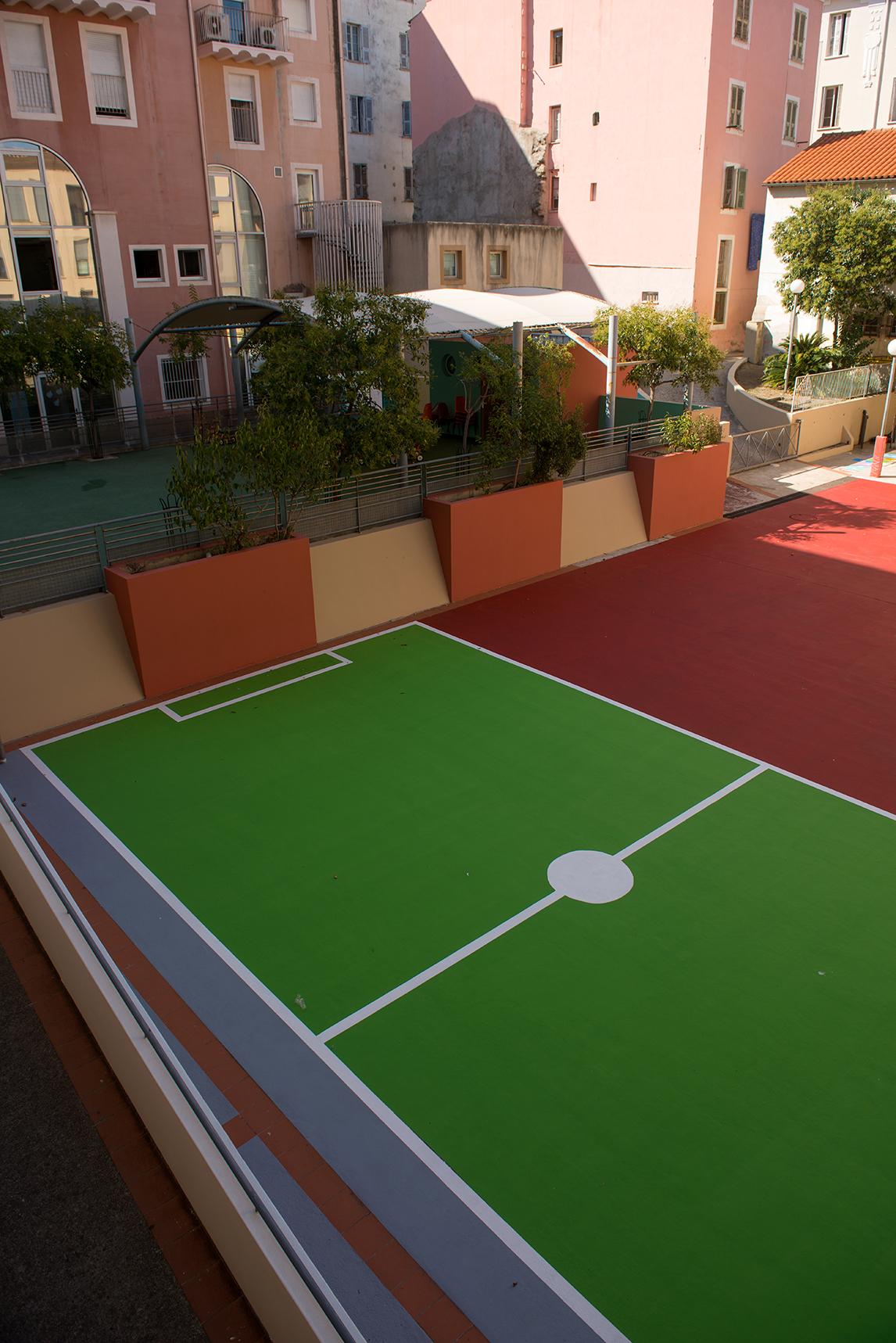 La cour de l'école Sampiero a bénéficié d'une réfection totale.