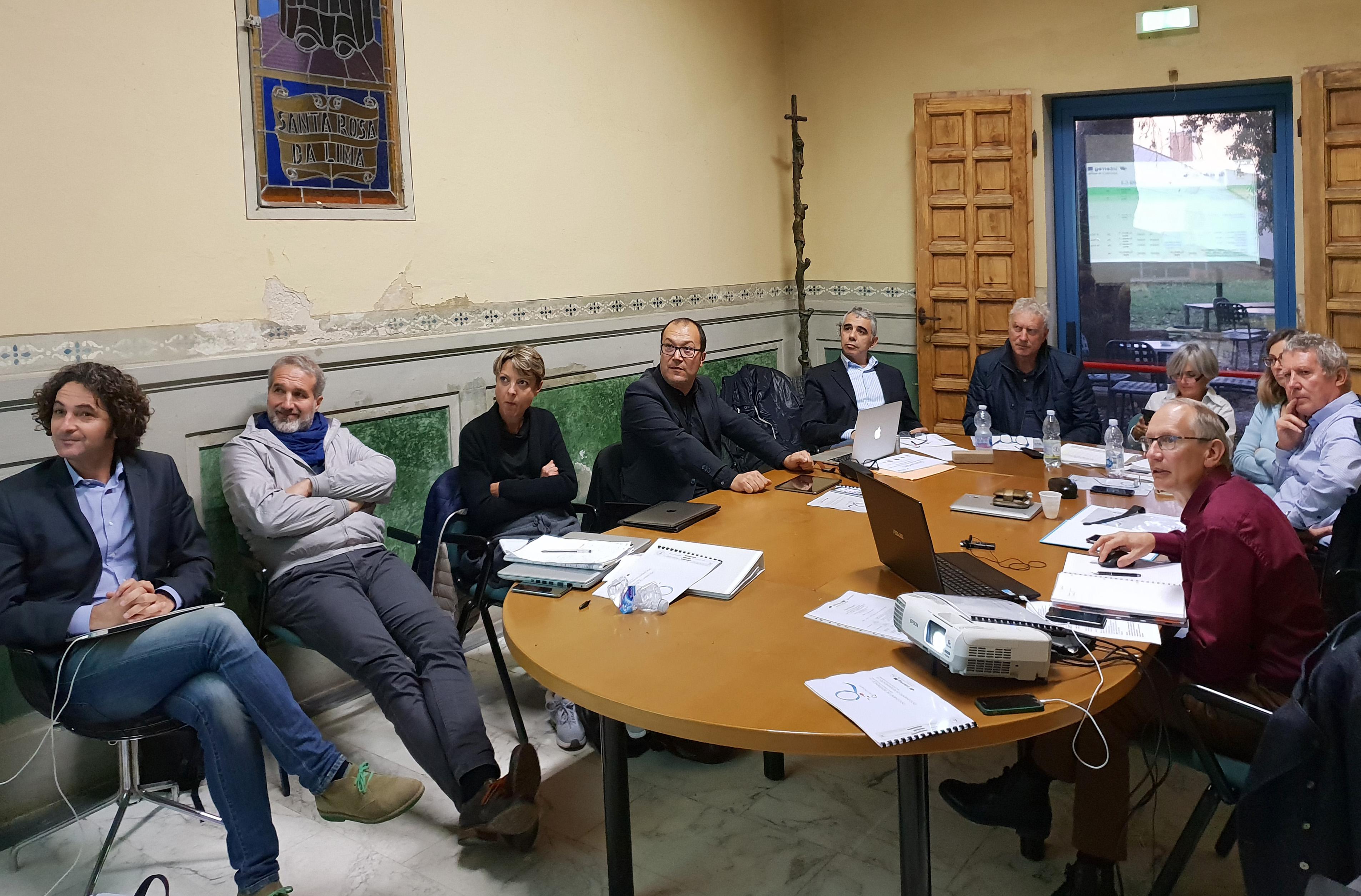 Les partenaires attentifs du Projet Qualiporti. (Paul Corticchiato, Directeur du Port Charles Ornano en 4e