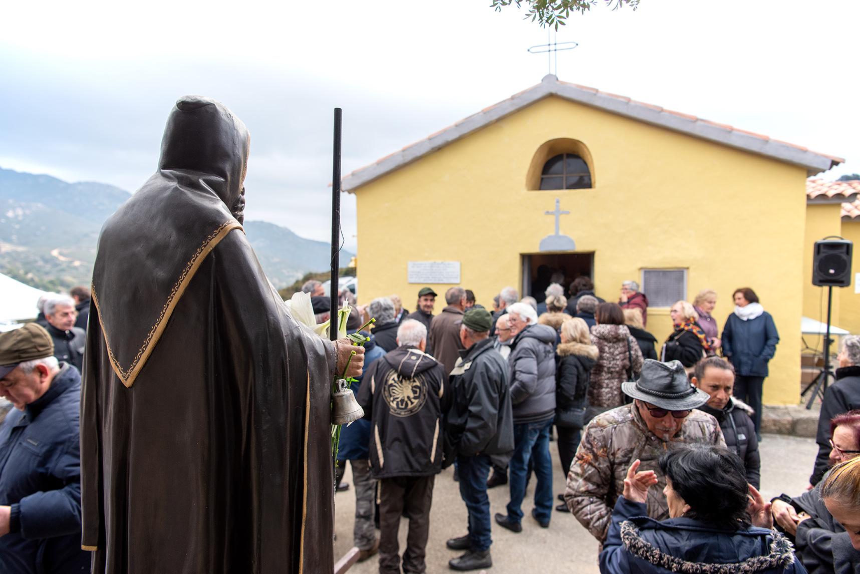 Plusieurs centaines de personnes se sont retrouvés pour célébrer la Saint-Antoine ce vendredi 17 janvier (Photos Ville d'Ajaccio).