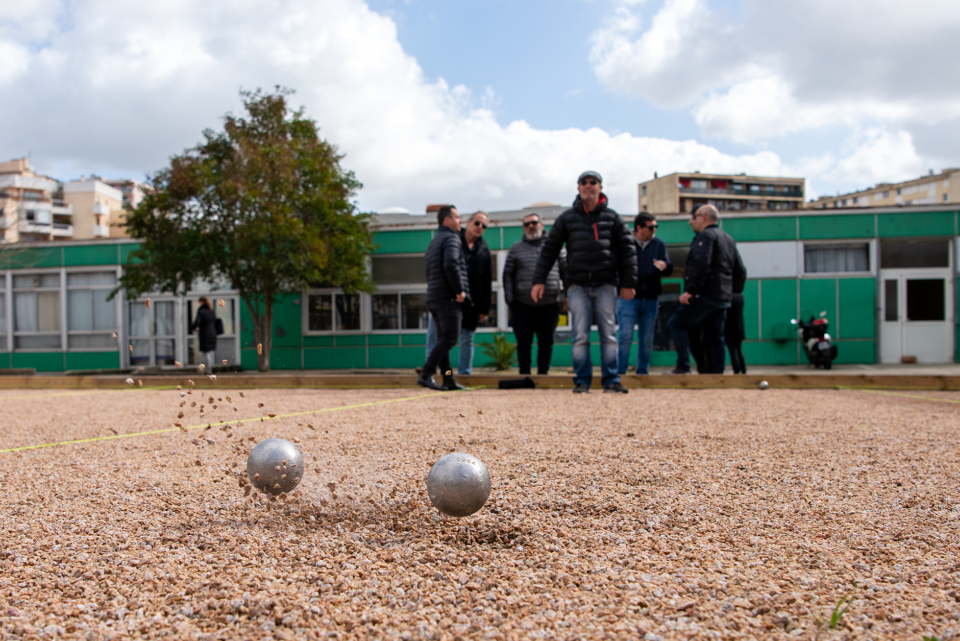 Depuis plusieurs années, la ville d'Ajaccio réfléchissait à la création d'un boulodrome afin de permettre la pratique de ce jeux très populaire et de donner la possibilité de développer des écoles de pétanque.