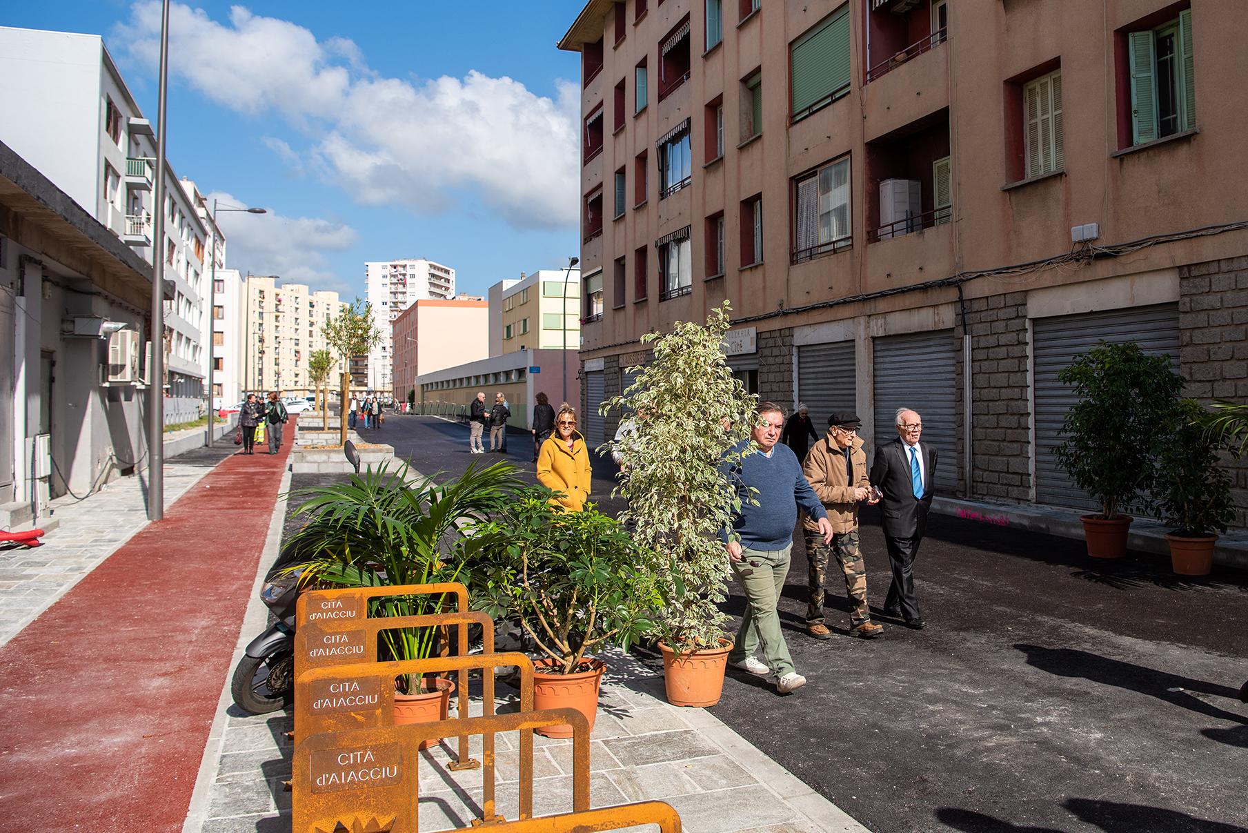 Premières déambulations dans la rue des Cannes, samedi 7 mars 2020 (Photos Ville d'Ajaccio).