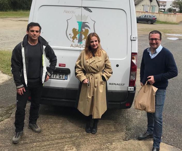 François-Xavier Ceccoli, maire de San-Giuliano, conseiller territorial responsable de la Banque alimentaire de Haute-Corse aux côtés de Caroline Corticchiato adjointe au maire d'Ajaccio et vice-présidente de la Capa et Antoine Maestrali directeur de cabinet de la Ville d'Ajaccio (Photos DR).