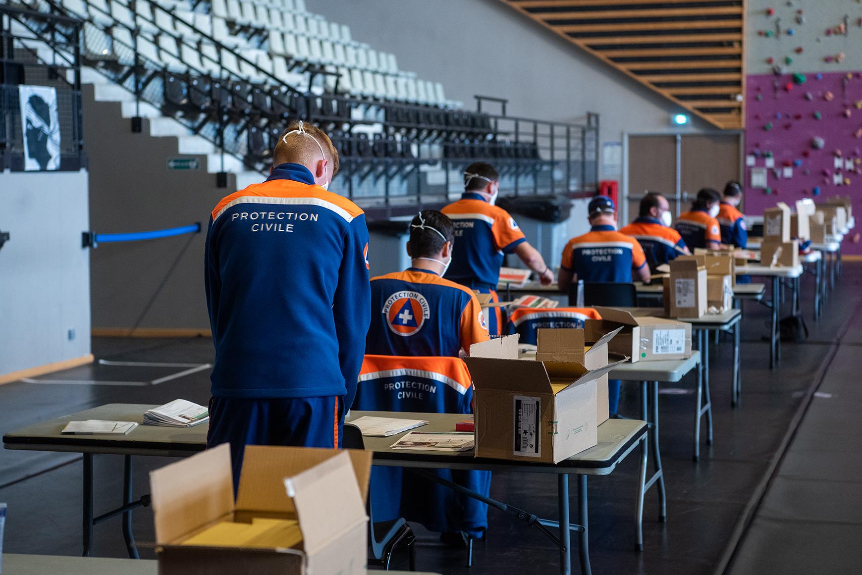 La Protection Civile aux côtés des agents de la Ville et de la Capa pour cette opération à laquelle participent sur plusieurs jours près de deux-cents personnes.