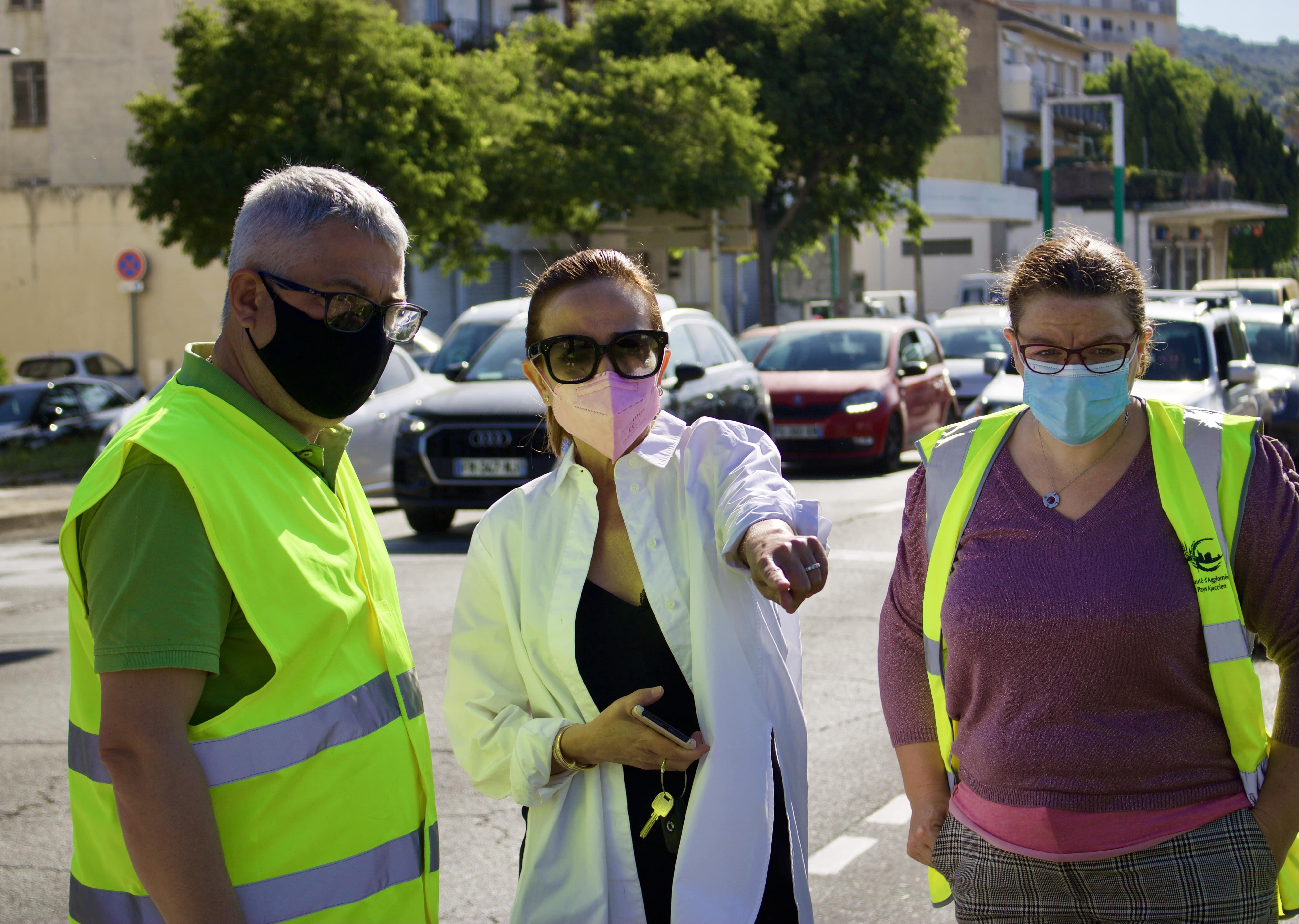 Caroline Corticchiato, 1er adjointe en charge de l'Environnement est venue féliciter le travail réalisé par les agents municipaux (Photos Ville d'Ajaccio)