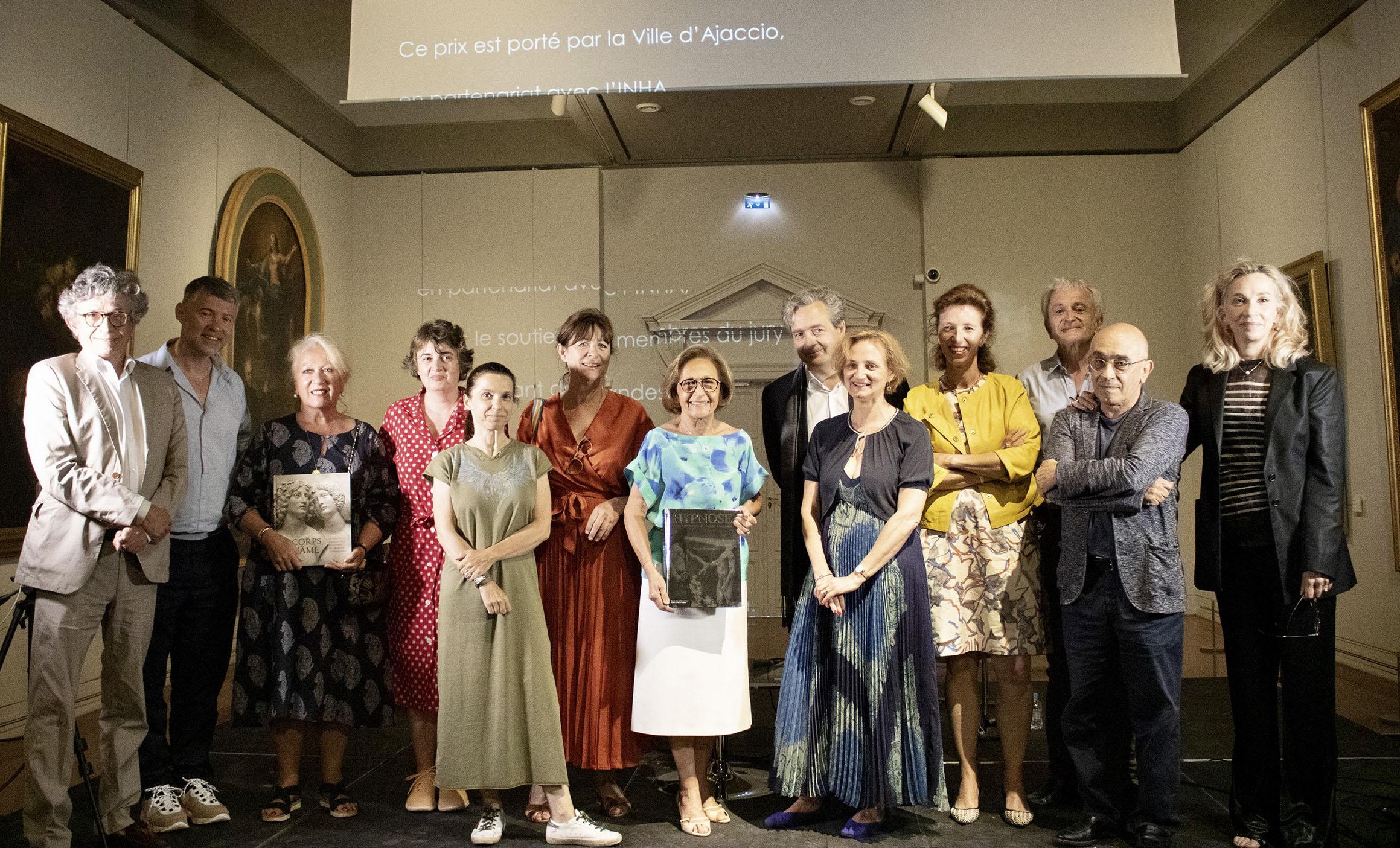 Jury heureux pour la remise du Prix du Livre d'art ce samedi au Palais Fesch musée des Beaux-Arts (Photos Ville d'Ajaccio).