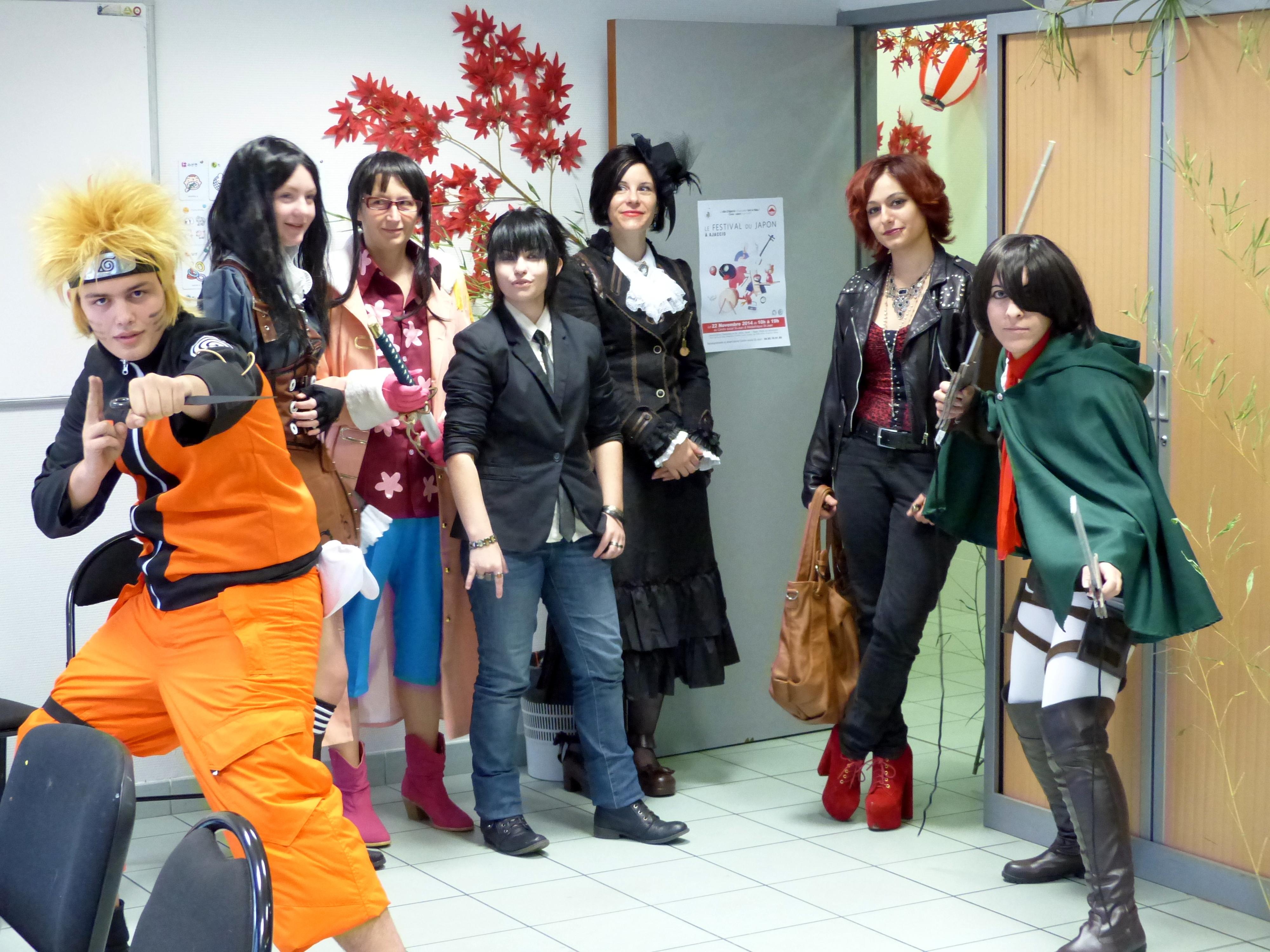 Les cosplayers avant le défilé