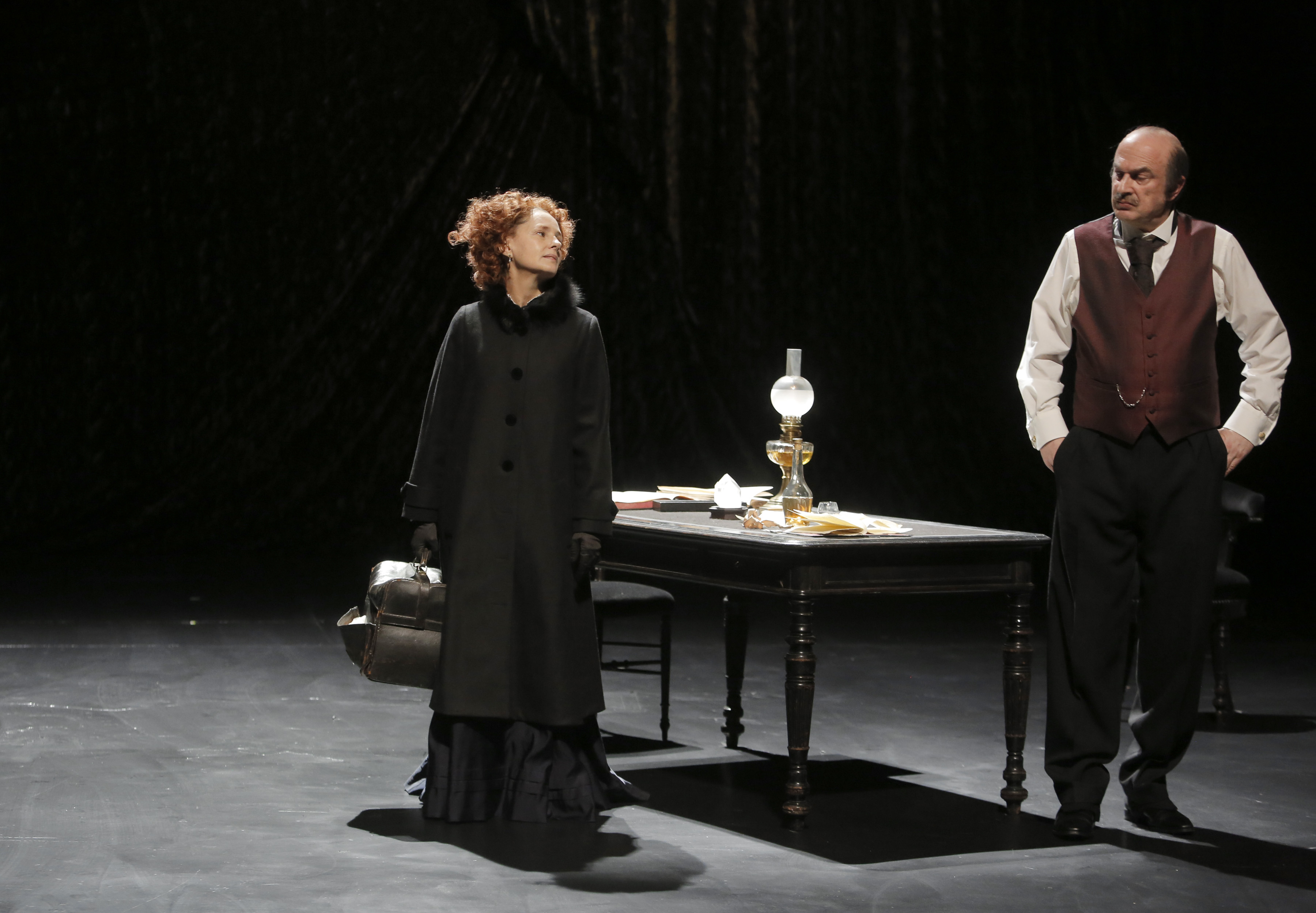 """Jeudi 5 novembre, La Révolte """" Un moment rare de théâtre"""" avec Anouk Grinberg"""