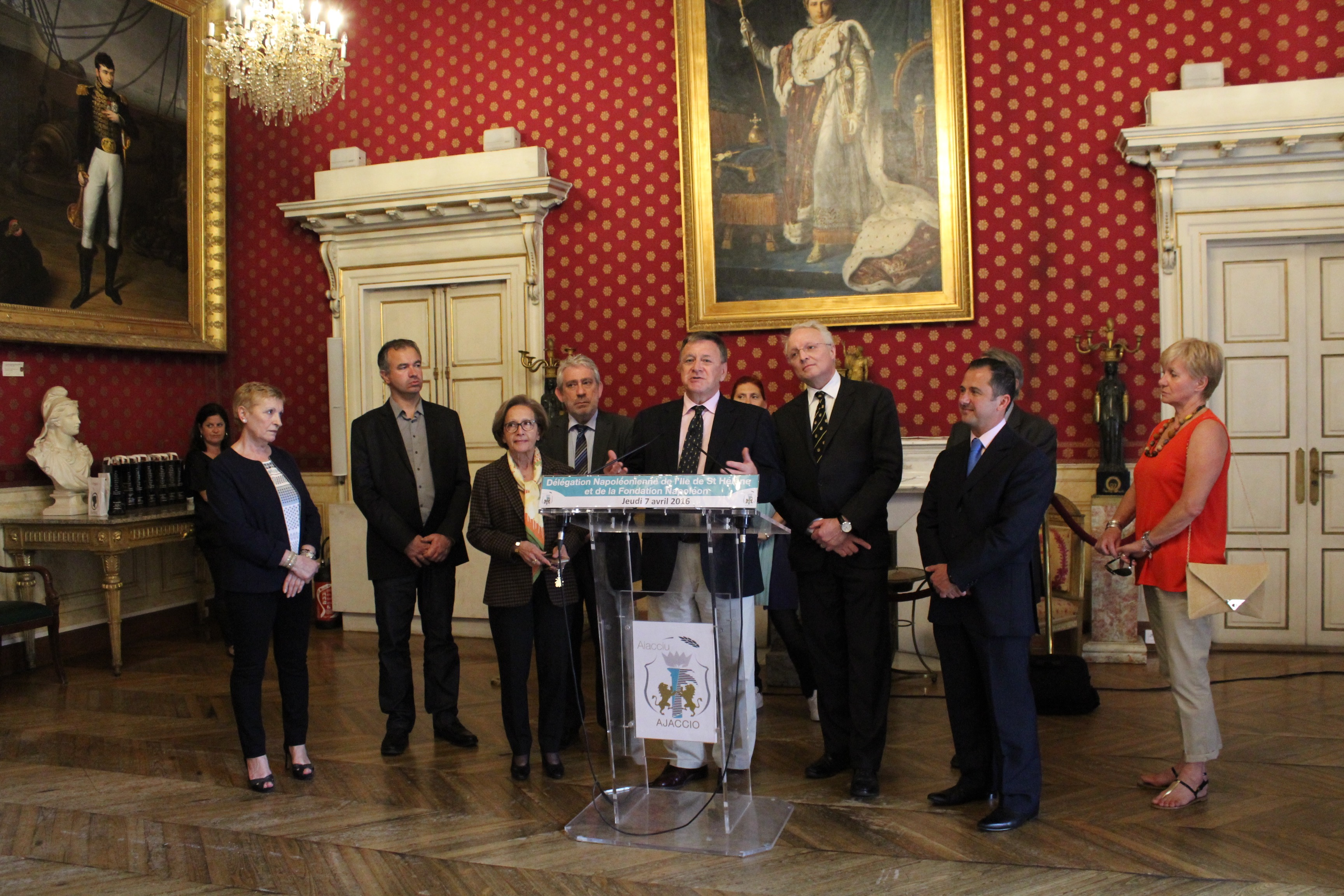 Visite d'une délégation Napoléonienne à l'Hôtel de ville