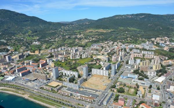 Site officiel de la ville d 39 ajaccio bienvenue ajaccio for Cannes piscine municipale