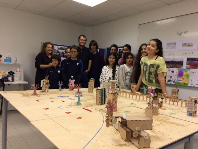 la maquete imaginée et réalisée par les enfant et Fab'Lab