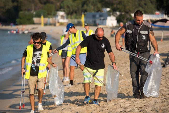 L'équipe permanente est renforcée l'été d'agents saisonniers pour effectuer le nettoyage raisonné.