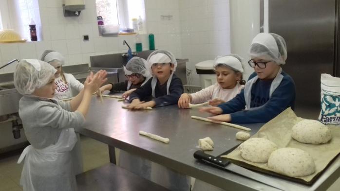 Les ateliers de la cuisine municipale de l'ingurdelli