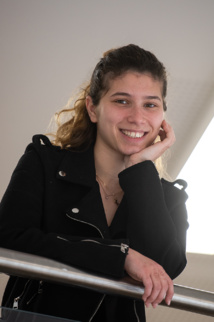 Perrina, 19 ans, a été accompagnée par une conseillère pour définir son projet professionnel.