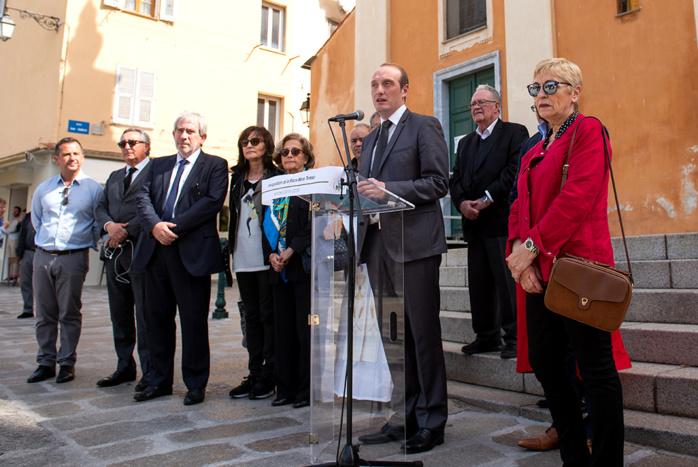 """""""Mère Teresa était une femme d'exception, une figure féminine forte, qui a œuvré toute sa vie pour les plus démunis"""", a déclaré Laurent Marcangeli ce vendredi matin 24 mai rendant hommage à la religieuse qui reçut le prix Nobel de la Paix."""