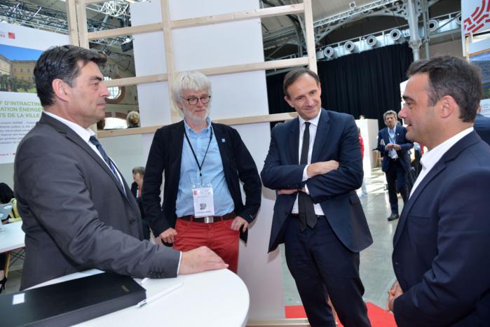 Olivier Sichel, directeur de la Banque des Territoires et Stéphane Sbraggia, premier adjoint de la Ville d'Ajaccio ont signé cette première convention.