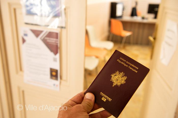 Horaires et coordonnées du service CNI Passeport