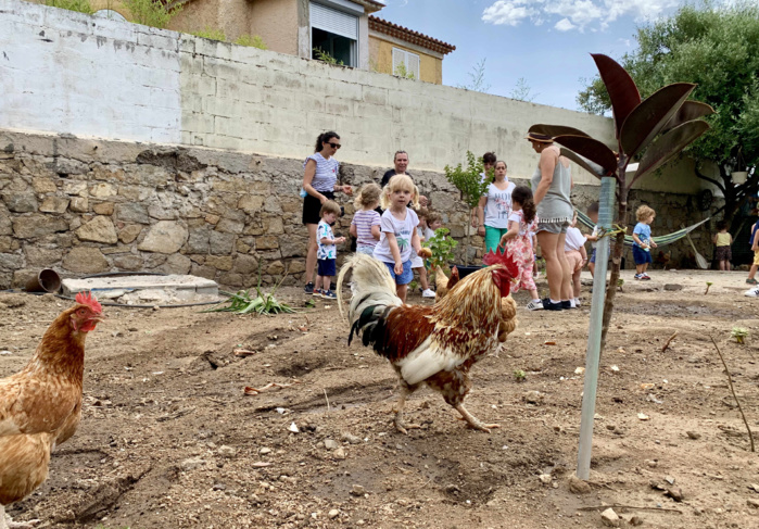 Pique-nique pour les enfants de la crèche du parc Berthault
