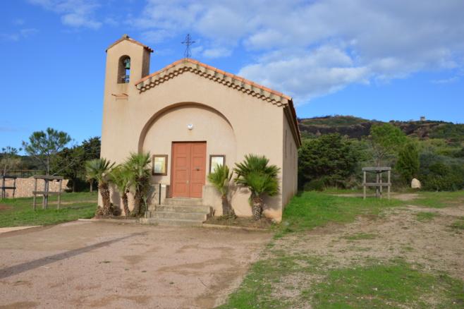 Traitement réalisé des abords de la chapelle.