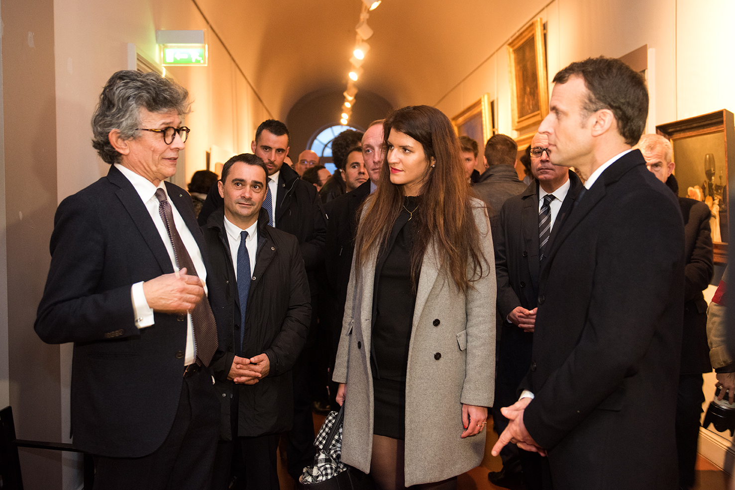 De gauche à droite : Philippe Costamagna, directeur conservateur du Palais Fesch, Stéphane Sbraggia, 1er adjoint de la Ville d'Ajaccio, Marlène Schiappa, secréatire d'Etat, Emmanuel Macron.