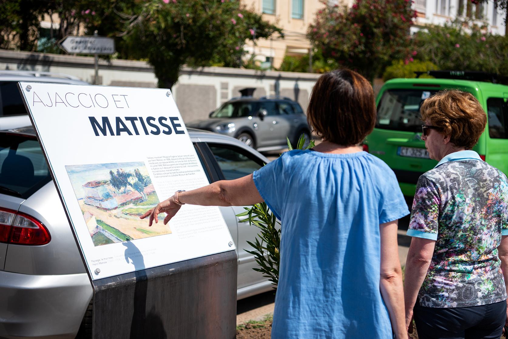 La reproduction du Mur Rose sur le boulevard Lantivy ouvre une perspective sur la villa où Henri Matisse a séjourné (Photos Ville d'Ajaccio).