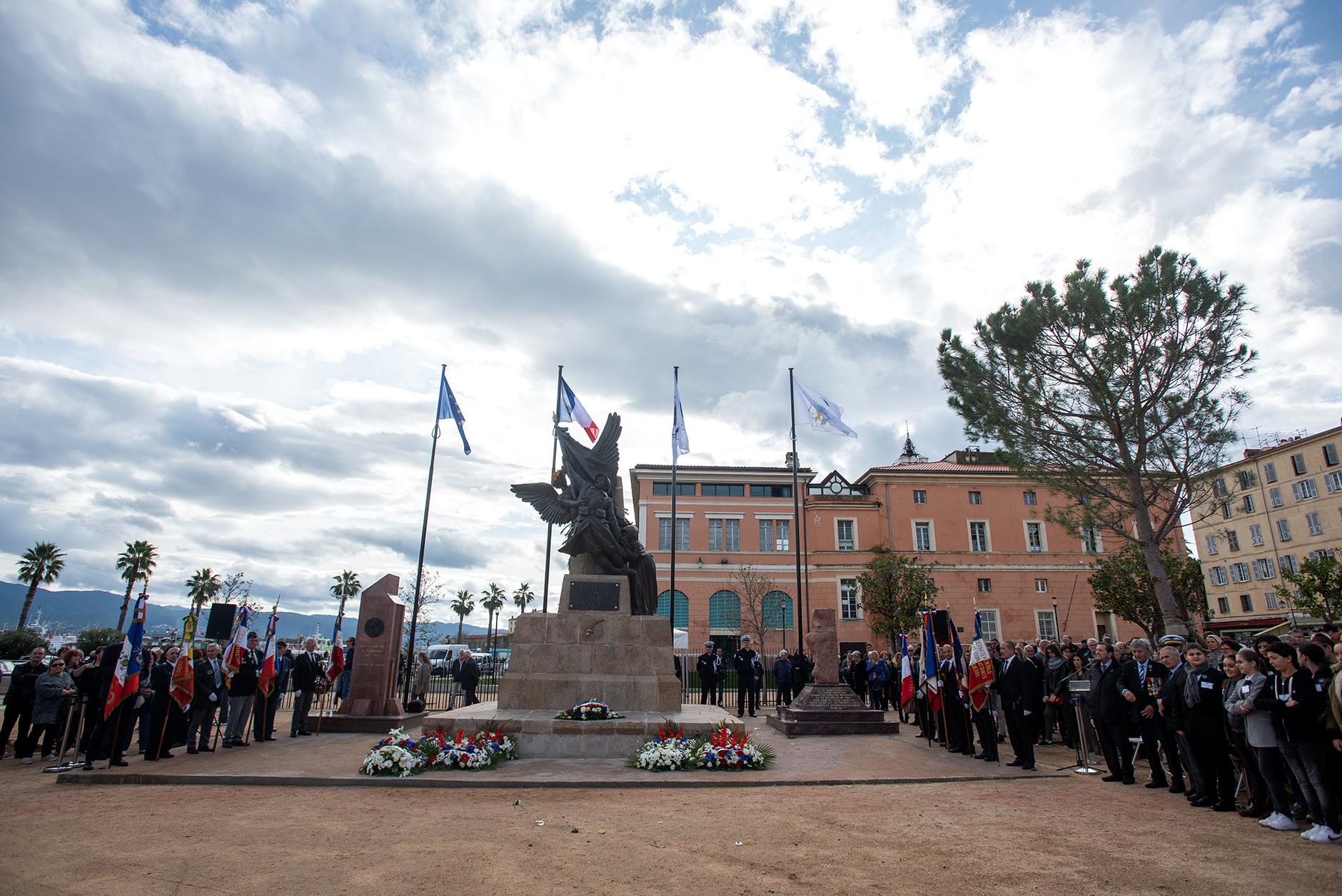 Les célébrations du 11 novembre 2019 ont marqué le retour des commémorations sur la place Campinchi (Photos Ville d'Ajaccio).