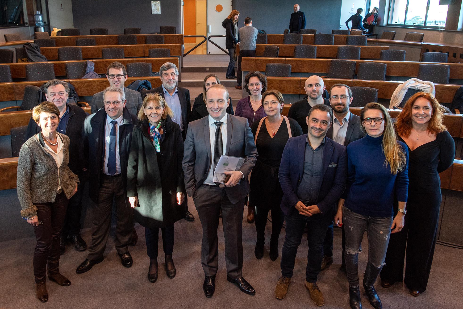 Les signataires étaient tous réunis ce lundi 13 janvier pour la signature du label Ecoquartier au Finosello (Photo Ville d'Ajaccio).