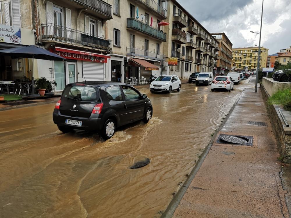Les inondations avenue Noël Franchini Florent Selvini