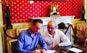 Signature de la Convention Ville/Comité Corse de Cyclisme  Salon Napoléonien