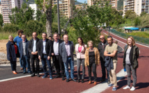 Le maire entouré d'élus et des responsables des services techniques ont inauguré la rue des Ecoliers ce 16 mai (Photo Ville d'Ajaccio).